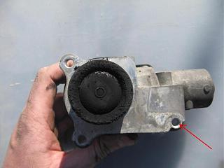 Чистка клапана рециркуляции ОГ на дв-ле BLS-img_2953-s-.jpg