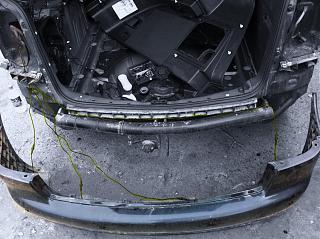 Установка парктроника на VW Touran-11.jpg