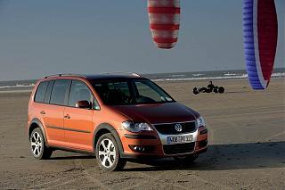 Фото туранов на главной-volkswagen_touran_minivan_2007-6.jpg