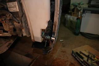 Замена моторчика омывателя лобового/заднего стекла.-dsc_6044.jpg