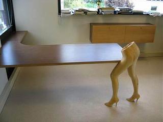 Любопытные дизайнерские и конструкторские идеи-erotic-furniture7.jpg