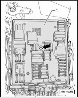 Как снимается блок предохранителей-03.jpg