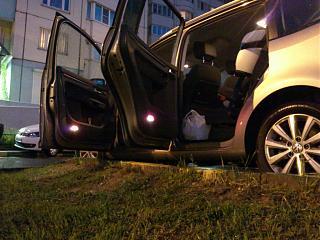 Установка фонарей подсветки в передние двери VW Touran-dsc_1304.jpg