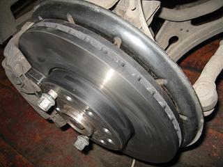 Тормозные колодки и тормозные диски-img_4625.jpg