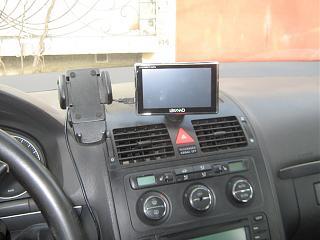 Установка gps-навигатора и т.п.в бардачке под лобов. стеклом-img_3839.jpg