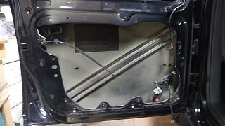 Установка музыки, виброизоляция дверей, установка усилителей и сабвуфера-p1060448-2.jpg
