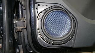 Установка музыки, виброизоляция дверей, установка усилителей и сабвуфера-p1060528-2.jpg