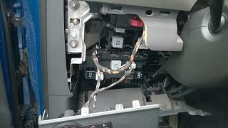 Пропало 12В на прикуривателе, помпе омывалки...-image.jpg