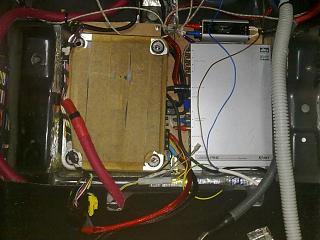 Установка музыки, виброизоляция дверей, установка усилителей и сабвуфера-170320141991.jpg