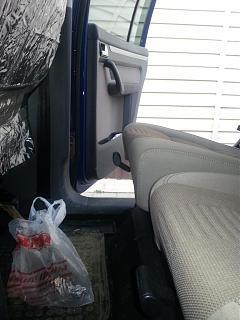 Изменения угла подушки задних сидений-20140422_185043.jpg