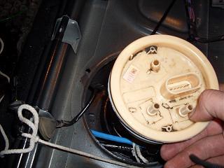 Снимаем топливный насос и моем бак не снимая. Фотоотчёт.-sdc13142.jpg