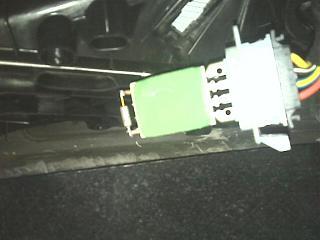 отопитель салона-работает только на максимальных оборотах...-img0268.jpg