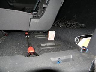 Поднять пол багажника (5-ти местный)-dscn6804.jpg