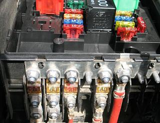 Не работает панель приборов.-plata-predohr..jpg
