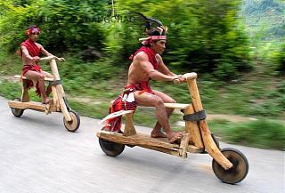 Пикчи на автомобильную тему-gang-motocyklowy-z-filipin1.jpg