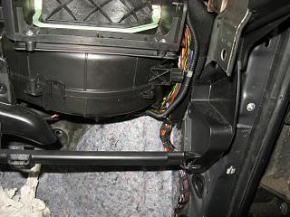 Ремонт шланга омывателя заднего стекла VW Touran-img_0917.jpg