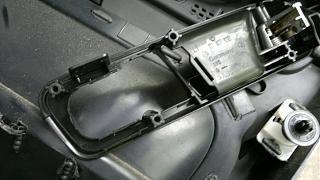 Как снять кнопку центрального замка на водительской двери?-22052015.jpg