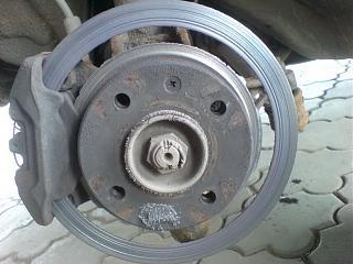 Тормозные колодки и тормозные диски-130716565.jpg