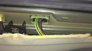 Ремонт шланга омывателя заднего стекла VW Touran-imag0956-1-.jpg