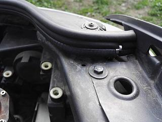 Противопылевая прокладка в моторный отсек-004.jpg