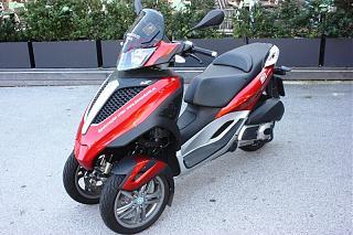 Поездка в Австрию 2011-vena-moped.jpg