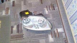 продам правую фару от volkswagen touran 2003 Года-fara.jpg